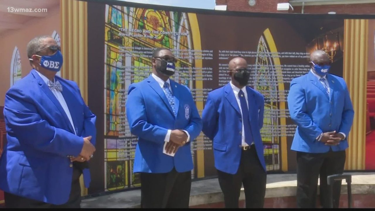 Phi Beta Sigma Fraternity honors John Lewis in ceremony